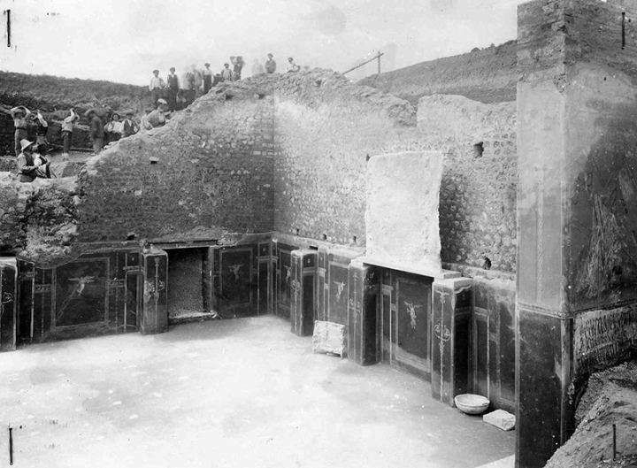 1. La Schola durante gli scavi del 1915-16